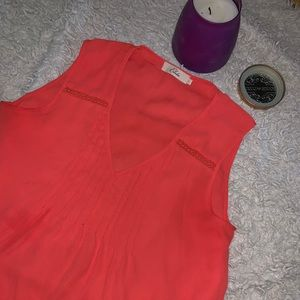 American Eagle Outfitters Tops - Peach tank top
